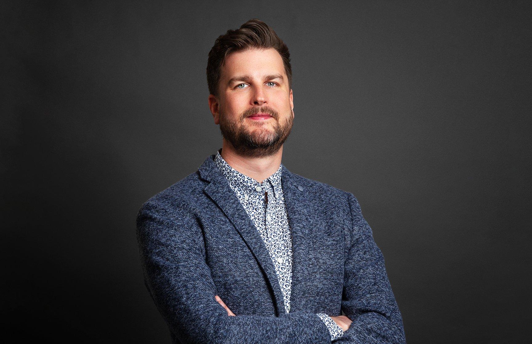 Dr. Henrik Lundgren